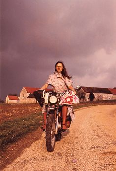 "le-narrateur: "" Anne-France Dautheville, the first woman to ride a motorcycle around the world solo, in 1974. """