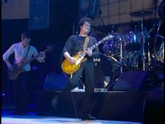 ▶ Babe I'm Gonna Leave You - Jimmy Page & Robert Plant, live in Paris (1998) - YouTube