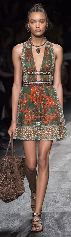 Valentino Collection Spring 2016 Ready-to-Wear