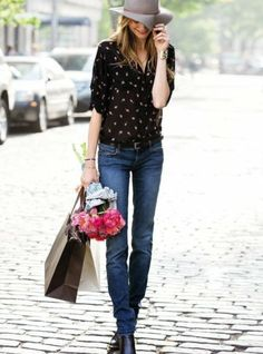 Another cute way of styling a blouse