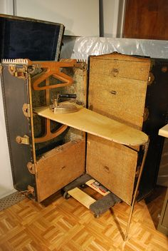campaign furniture I want one of these for my sewing room!Steamer Trunk- the original inside Old Trunks, Vintage Trunks, Trunks And Chests, Antique Trunks, Vintage Suitcases, Vintage Luggage, Vintage Travel, Campaign Furniture, Steamer Trunk