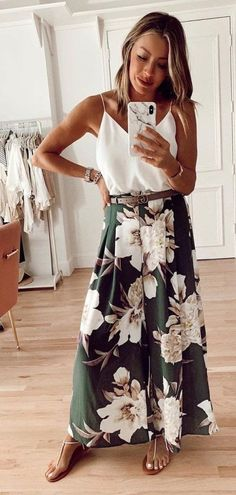 white and green floral dress weißes und grünes Blumenkleid Spring Summer Fashion, Spring Outfits, Dressy Summer Outfits, Style Summer, Summer Dresses For Women, Casual Summer, Summer Clothes, Looks Style, My Style