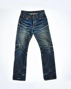 HAPPY . . . 📸 Denim Boots, Men's Denim, Blue Jeans, Indigo, Menswear, Happy, Pants, How To Wear, Clothes