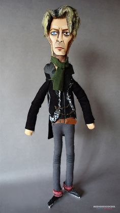 David Bowie / Version A REALITY TOUR / Art Doll Premium
