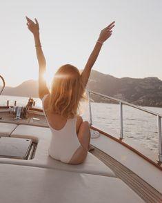 Boat ride in Positano and Nanushka shorts — Brigita Daisy Picture Poses, Photo Poses, Yatch Boat, Catamaran, Boat Pics, Beach Photography Poses, How To Pose, Summer Pictures, Beach Photos