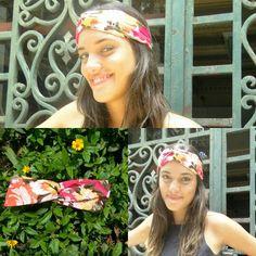 A Estampa Rosa Mimo chefou para Colorir seu guarda roupa Vendas 21993248295 www.soufloracessorios.com.br #turbante #faixadecabelo #acessoriosfemininos #rosa #flores #look #amo #love #instafashion