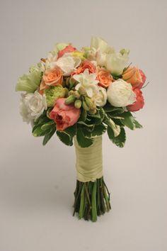 garden roses, ranunculus, tuberose, roses