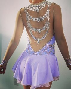 The back of this figure skating dress is stunning! Such beautiful detail! Figure Skating Outfits, Figure Skating Costumes, Figure Skating Dresses, Dance Outfits, Dance Dresses, Ballroom Dress, Gymnastics Leotards, Stunning Dresses, Costume Dress