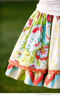 Great site with fun patterns and colors-makes me want to sit down at my sewing machine and create!