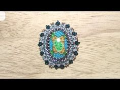 * Beaded bezel tutorial: how to bezel an oval cabochon with Peyote Stitch | Beading tutorial