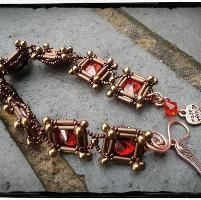 Looking for jewelry project inspiration? Check out Alveoline bracelet - Free pattern! by member KRIStalbead.