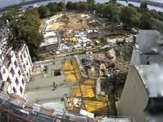 we go from level to level and in between there is the concrete - here you can see the birth of the first floor