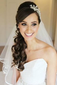 Fabulous Wedding Hairstyles With Veil Side Swept And Up Dos On Pinterest Hairstyles For Women Draintrainus