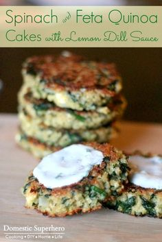 Spinach and Feta Quinoa Cakes with Lemon Dill Sauce are the perfect healthy easy. - Spinach and Feta Quinoa Cakes with Lemon Dill Sauce are the perfect healthy easy meal! Veggie Recipes, Cooking Recipes, Dill Recipes, Spinach Recipes, Dinner Recipes, Recipies, Recipes With Dill Sauce, Skillet Recipes, Veggie Food