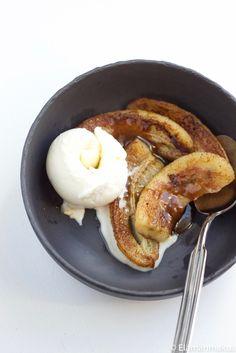 paistetut banaanit French Toast, Breakfast, Food, Breakfast Cafe, Essen, Yemek, Meals