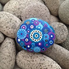 Painted rocks, painted stones, decorative rocks, piedras pintadas, mandala stones, hand painted stones, mandala rocks, hand painted stones by TheDecorativeNest on Etsy https://www.etsy.com/au/listing/507653663/painted-rocks-painted-stones-decorative
