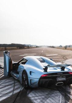 Koenigsegg Regera - #koenigsegg #sportcars #sexy Follow me @ www.tsu.co/roli1968.