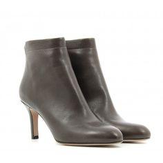 GARRICE COLLECTION Bottine courte à talons moyens en cuir ultra élégante et intemporelle 100% cuir / doublé cuir #garrice #garriceshop #boots #bootsencuir #fashionshoes #shoes