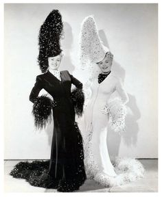 Orry Kelly for Betty Grable and June Haver in The Dolly Sisters, Old Hollywood Style, Hollywood Icons, Hollywood Fashion, Golden Age Of Hollywood, Vintage Hollywood, Hollywood Glamour, Classic Hollywood, June Haver, Orry Kelly
