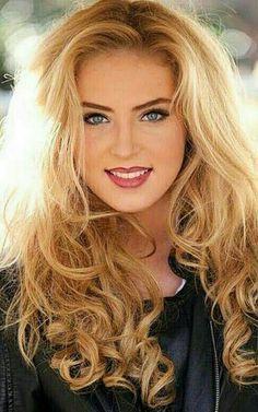 Beautiful Blonde Girl, Beautiful Girl Image, Beautiful Women, Most Beautiful Faces, Beautiful Smile, Girl Face, Woman Face, Blonde Beauty, Hair Beauty