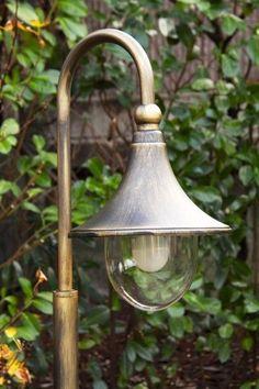 Classic outdoor lamp post design bollard light IP44 garden patio lighting 104837