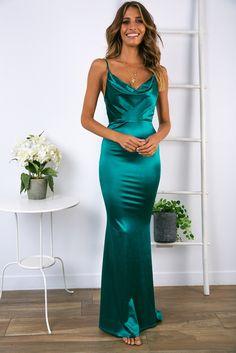 Magic Garden Dress - Emerald Green Source by fauxparisian dresses australia Emerald Green Formal Dress, Silk Formal Dress, Green Satin Dress, Emerald Green Dresses, Silky Dress, Satin Dresses, Year 10 Formal Dresses, Green Formal Dresses, Formal Prom