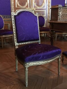 Salons Violet, Morris, Dining Chairs, 81, Furniture, Interiors, France, Home Decor, Gray Paint