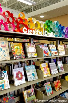 Display: Colorful Paper Circles Mich - paper circles on window ledge to block first foot of window - - And a whole book about mod podge! ,Mich - paper circles on window ledge to block first foot of window - - And a whole book about mod podge! School Library Displays, School Library Design, Middle School Libraries, Classroom Displays, Art Classroom, School Library Themes, Public Libraries, Elementary Library Decorations, Minion Classroom