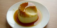 With a few small changes, I am thinking I will try making this! Flan is a Spanish dessert of baked custard covered with caramel. Desserts Espagnols, Spanish Desserts, Portuguese Desserts, Portuguese Recipes, Dessert Recipes, Mexican Food Recipes, Sweet Recipes, Mexican Desserts, Flan Recipe