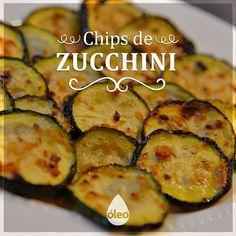 Una forma de picar algo rico, saludable y súper fácil de hacer para sacarte el hambre entre comidas o disfrutar mientras miras una película. Ideales para comer con la mano y sentado en el sillón. ¡Animate a hacerlos! Encontrá la receta en http://dixit.guiaoleo.com.ar/chips-de-zucchini/