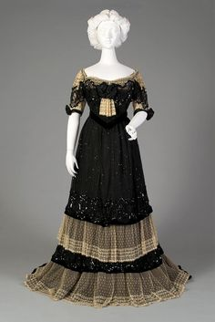 Evening dress ca. 1902 From the Kent State University Museum on Facebook