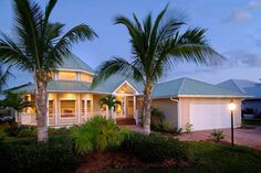 Daniel Wayne Homes' Useppa Model in Fort Myers, Florida.