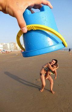 Haha, leuk idee voor een vakantiefoto!