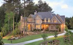 Amazing homes in Colorado with high end landscaping.