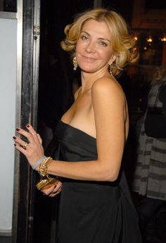 Gone too soon stars who died before their time Natasha Richardson May 1963 - March 2009 British actress Natasha Richardson died at the age of 45 from head injuries she sustained in a skiing accident in Canada. Joely Richardson, Natasha Richardson, Gone Too Soon, Celebrity Deaths, Liam Neeson, British Actresses, Special People, Classic Hollywood, Beautiful Actresses