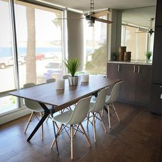 Sleek, clean and contemporary dining with a view in our recent La Jolla Cove vacation rental project!  All on a budget, of course!  #livingspaces #decor #design #coastal #modern #dining #diningroom #blytheinteriors #budgetfriendly #budgetdesign #interiors #interiordesign #interiordesigner #sd #sandiego #lajolla #lajollacove #designproject #airbnb #vacation #vacationrental #homegoodshappy #allmodern #apartmenttherapy #condo #worldmarket #costplusworldmarket @livingspaces #lajollalocals…