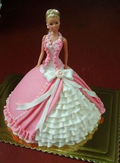 That's the most intense and intricate Barbie cake I've ever seen! That's the most intense and intricate Barbie cake I've ever seen! Barbie Torte, Bolo Barbie, Barbie Dolls, Barbie Birthday Cake, Birthday Cake Girls, Princess Birthday, 8th Birthday, Cake Wrecks, Fancy Cakes