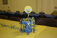 cub scout blue and gold banquet centerpieces | The wonderful centerpieces. Tell me they're beautiful and the most ...