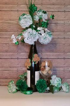 Cork Ornaments, Dog Christmas Ornaments, Irish Christmas, Wine Cork Crafts, Little Gifts, Tree Decorations, St Patricks Day, Holiday Decor, Gnudi Recipe