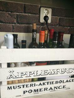 #wine #kitchen #brickwall