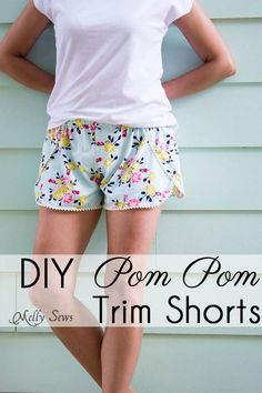 Make stylish and easy pom pom shorts - easy to sew using pom pom trim for your DIY bohemian summer style