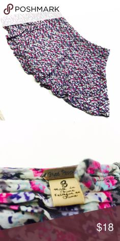 Free People   Super trendy flower print culotte shorts from Free People   Size 8  As always, all items are from a smoke-free and pet-free home  Thanks for shopping Reclaimed Treasure by Anna Jahns  Free People Shorts