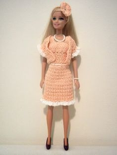 Tess and Annie: Peaches and Cream Barbie Suit - FREE pattern that I designed!