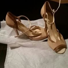 Shoes Beige, tan open toes strappy heels worn once heels too skinny for me isola Shoes Heels