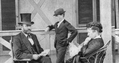 President Ulysses S. Grant with First Lady Julia Dent Grant and son Jesse in American Love Story, Ulysses S Grant, Union Army, War Image, Civil War Photos, Us Presidents, American Civil War, St Louis, Civilization