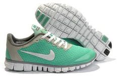 low priced ac85f 76bbe Nike! Love the color Nike Running, Running Trainers, Nike Free Run 3,