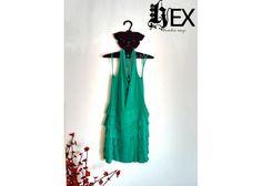 Hex : Gancho PUG (3 ganchos) - Kichink! Hangers, Pug, Summer Dresses, Home Decor, Style, Fashion, Wood, Swag, Moda