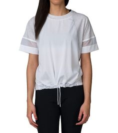 NIKE Bonded tee Short sleeves Soft front panel fabric Mesh detail on sleeves and back panel Adjustable drawcord on hem Ergonomic sleeves for mobility Lightweight for comfort Nike branding on front