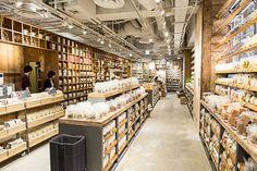 店内初公開!カフェ併設・売り場面積3倍、新しい無印良品渋谷西武は「カスタマイズ」がキーワードの写真3