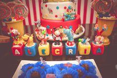 Letras em biscuit festa circo
